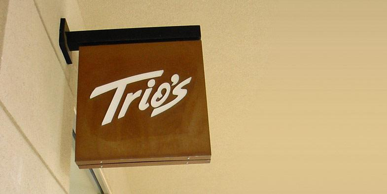 Trios Directional Sign